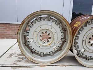 """Velgen 18""""x 38"""" Massey Ferguson met zware binnenplaat 3386687M3"""